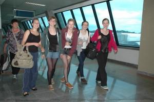 ReiseGrp2012-am-Flughafen